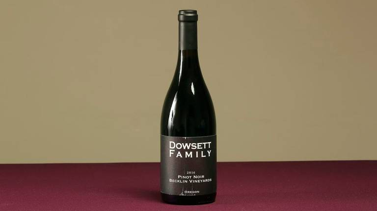 Dowsett Family Winery 2016 Becklin Vineyards Pinot Noir
